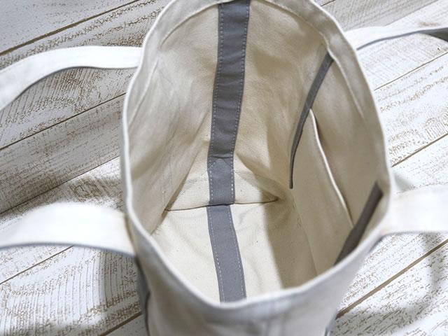 内ポケット付き、縫い代が見えず仕上がりがきれいです(kami-to-nunoスタイル)。